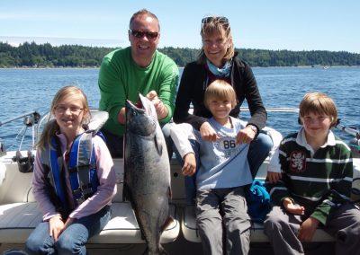 Coastal Island Fishing Adventures - Saltwater Sportfishing